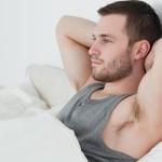 Почему у мужчин с утра встает?