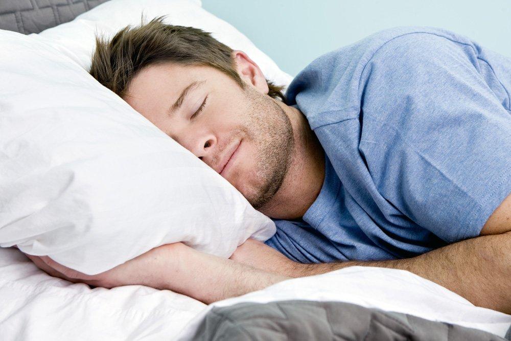 Сон трогал мужской член