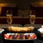 Как устроить романтический вечер для мужа?