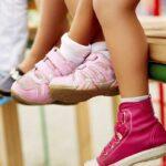Детская обувь: от сланцев до сапожек
